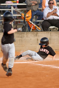 2009 04 18_GiantsVSCardinals_0269_edited-1