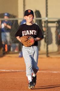 2009 04 24_GiantsVSDodgers_0024_edited-1