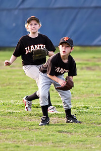 2009 05 12_GiantsVsDodgers_0028_edited-1