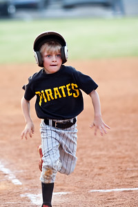 2010 04 16_PiratesVSCardinals_0017_edited-1