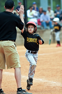 2010 04 17_PiratesVSRockies_0011_edited-1