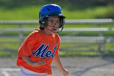 Pinto Mets v Yankees  2010-05-2337
