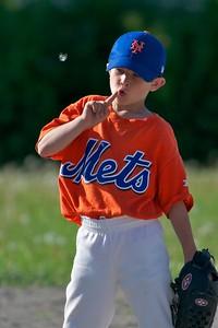 Pinto Mets v Yankees  2010-05-23115