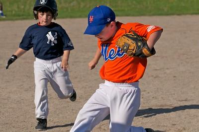 Pinto Mets v Yankees  2010-05-2375