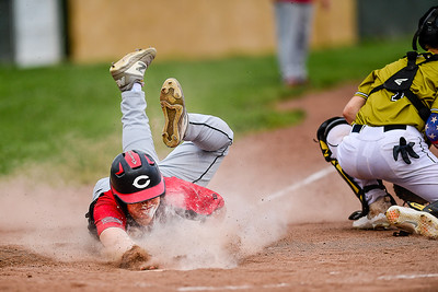 _A2934_Constant slides home in 4th
