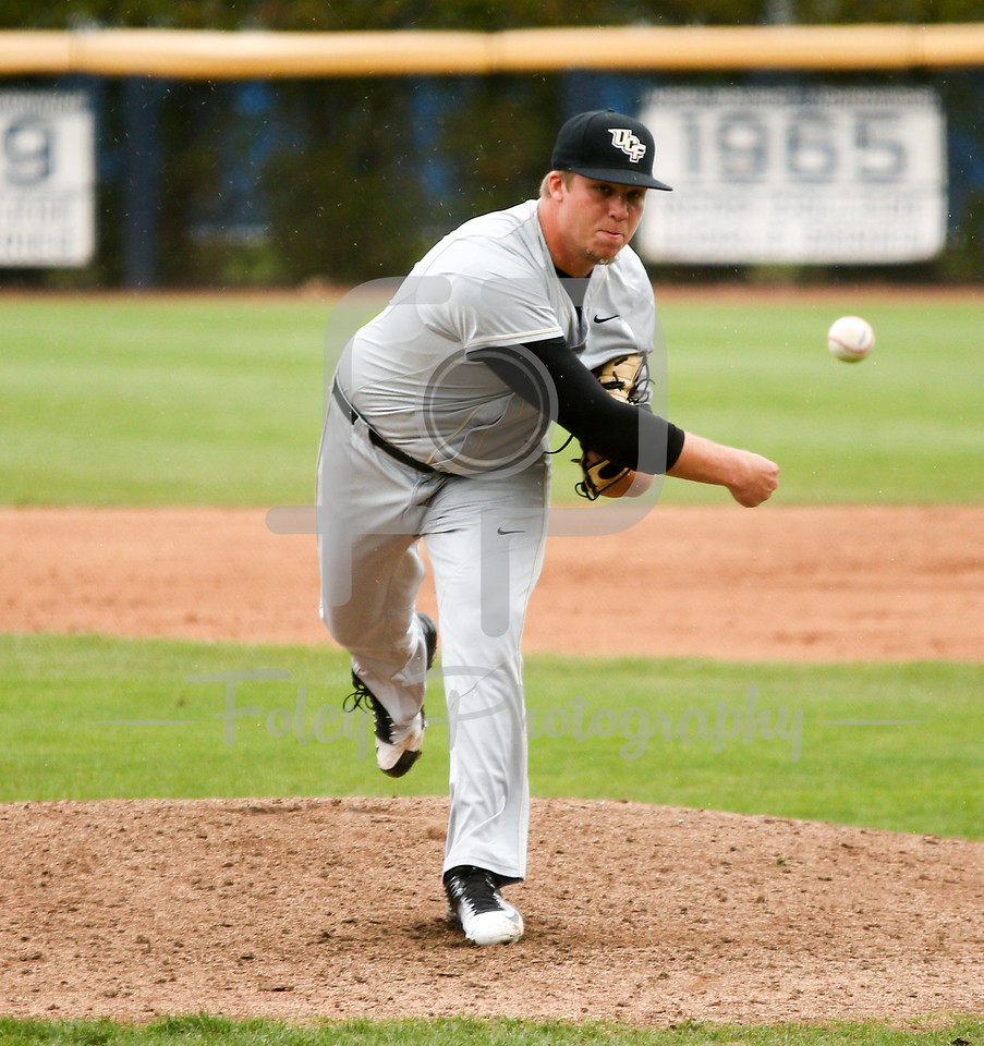 5/13/16 Storrs Connecticut: Central Florida's Robby Howell throws a pitch during an American Athletic Conference matchup. The Huskies defeated the Knights 5-4 at J.O. Christian Field in Storrs, Connecticut.