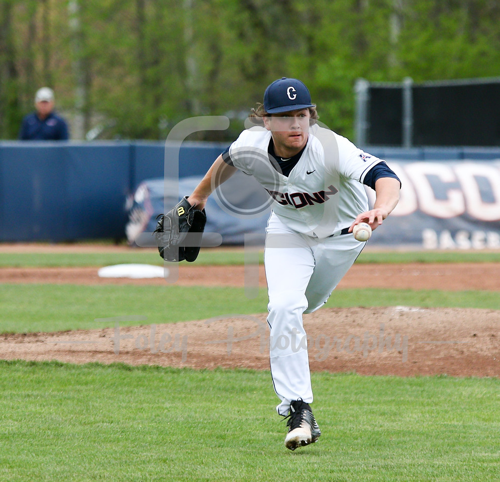 5/13/16 Storrs Connecticut: Anthony Kay (18) makes a toss to first during an American Athletic Conference matchup. The Huskies defeated the Knights 5-4 at J.O. Christian Field in Storrs, Connecticut.