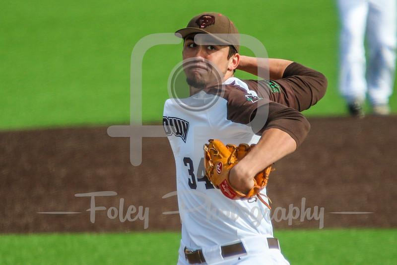 Brown Bears Garett Delano (34)