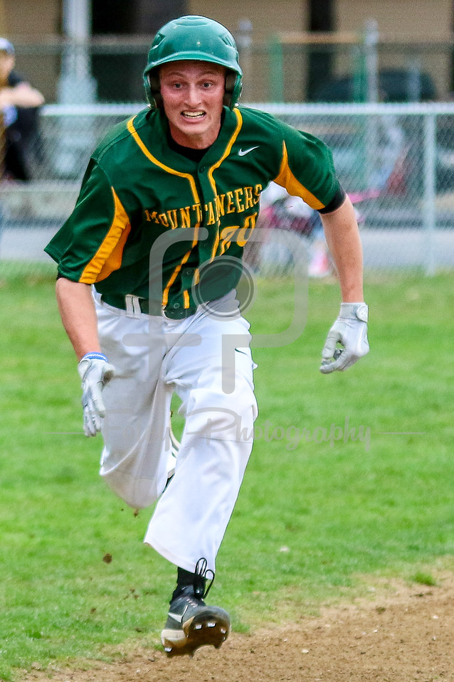 Southern Vermont Mountaineers Zack Stacey (20)