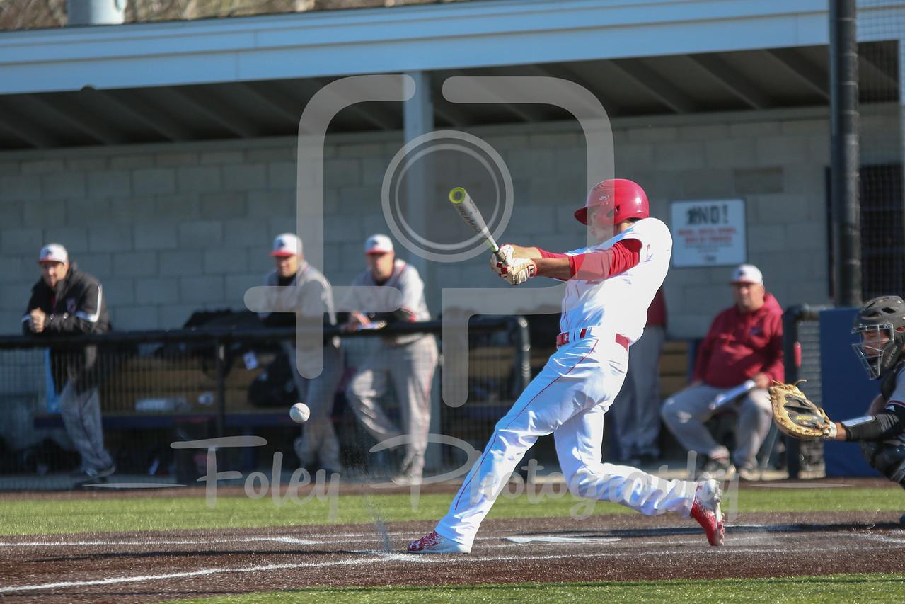 WPI Engineers second baseman Connor Kurtz (2)