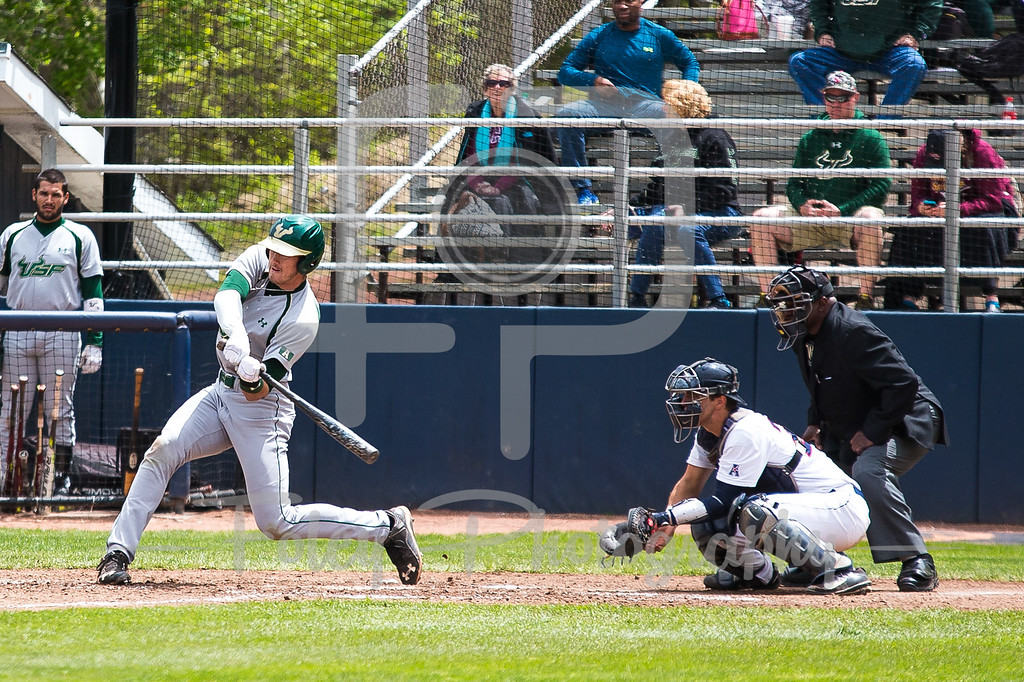 South Florida Bulls outfielder Luke Borders (4)