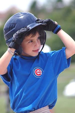 King Little League: Pee-Wee; Sox vs Cubs - 06/11/05