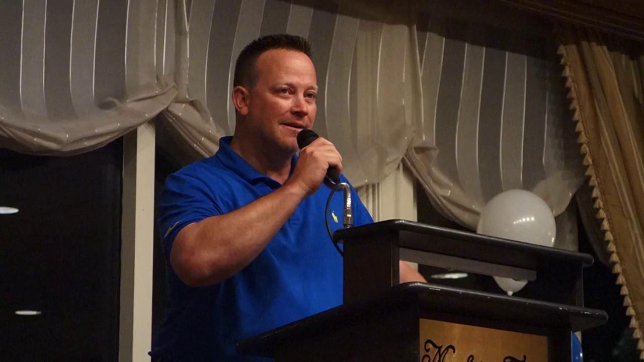 Milo Freeman talks at Baseball Banquet 2014