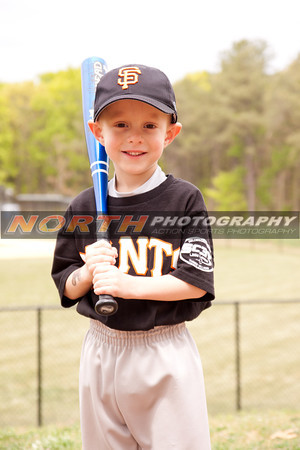 Giants T-Ball / Brown 205