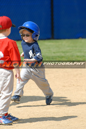 (5 yrs old) Yankees vs Reds