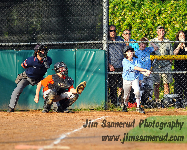 Jarrett promptly followed up with a single, that would have driven Drew in from third.