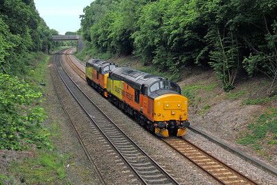 37421 Chineham 10/06/16 0Z73 Eastleigh to Derby RTC