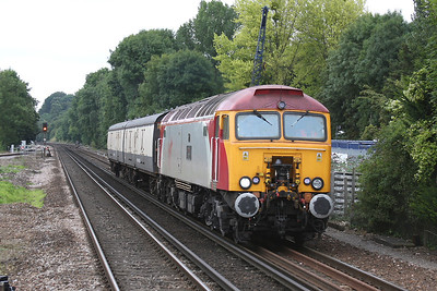 57310 Shawford 12/08/09 5S57 09.40 Eastleigh RC to Polmadie TCC with translator coaches