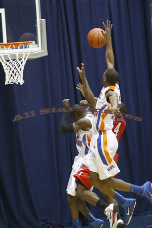 UTA Men vs Lamar - 2010-11