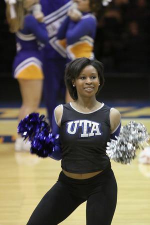 UTA Women vs Texas State and Mavs Dancers
