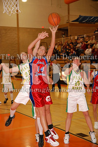 Lady Spartans Fall to SW Piasa 12-27-06 028