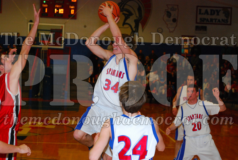 Spartans Downed by Brimfield 76-29 01-30-09 007