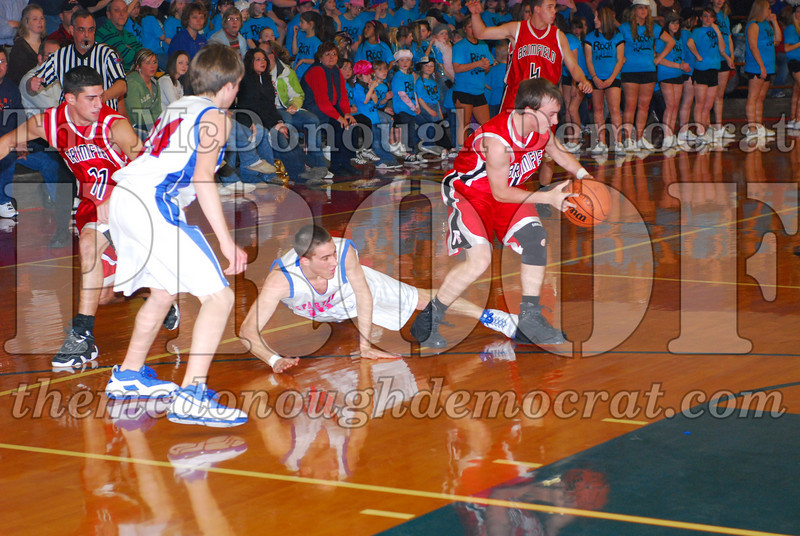 Spartans Downed by Brimfield 76-29 01-30-09 002