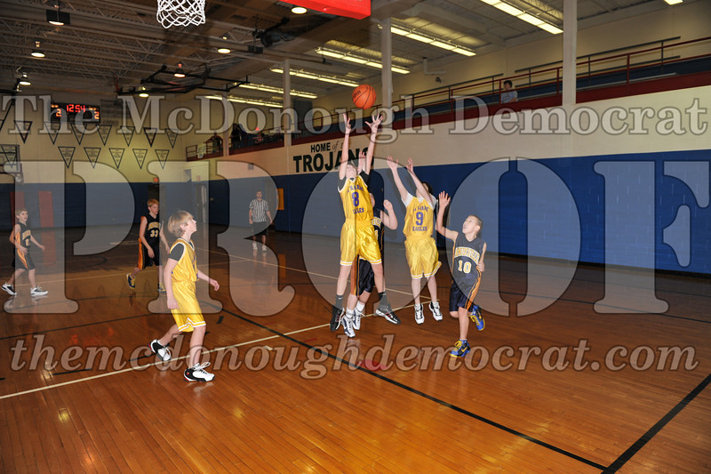 6th gr Knox Blue vs Laharpe 01-02-10 012