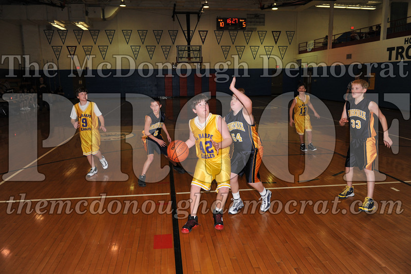 6th gr Knox Blue vs Laharpe 01-02-10 030