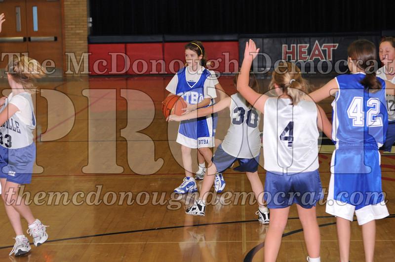 BTBA Girls 4th vs Knoxville 12-12-09 031