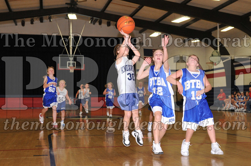 BTBA Girls 4th vs Knoxville 12-12-09 061
