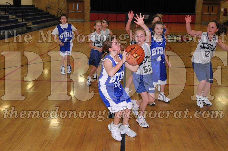 BTBA Girls 4th vs Knoxville 12-12-09 033