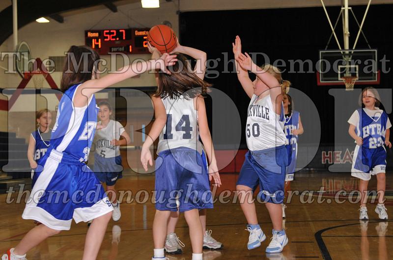 BTBA Girls 4th vs Knoxville 12-12-09 051