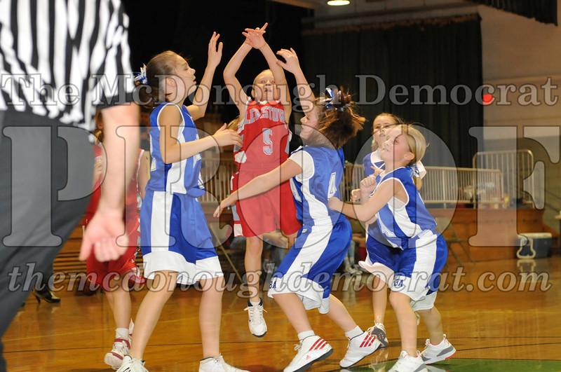 BTBA Girls 3rd vs Lewistown 01-17-10 040