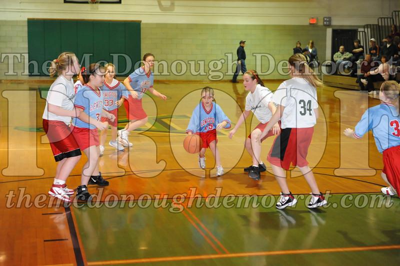 Girls 5th Abingdon vs Lewistown 02-20-10 061