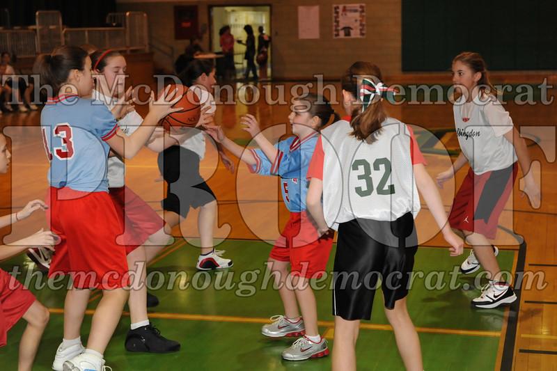 Girls 5th Abingdon vs Lewistown 02-20-10 004