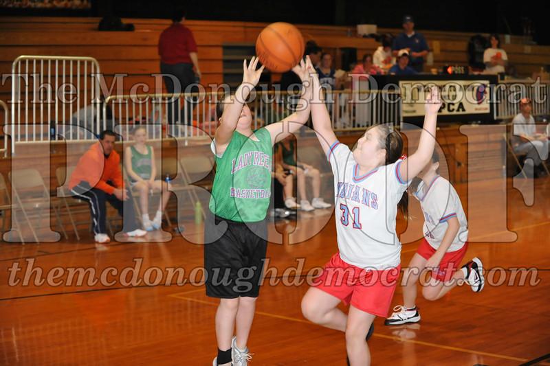 Girls 5th SF vs Lewistown 02-20-10 052