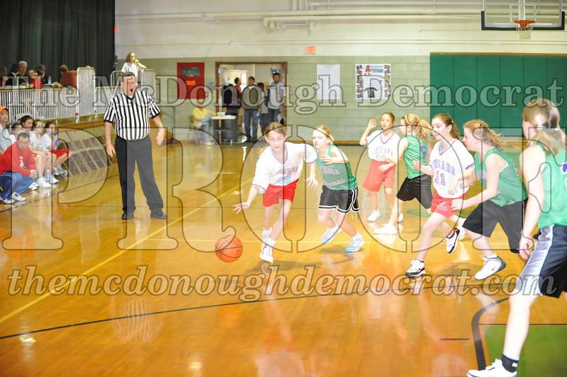 Girls 5th SF vs Lewistown 02-20-10 015