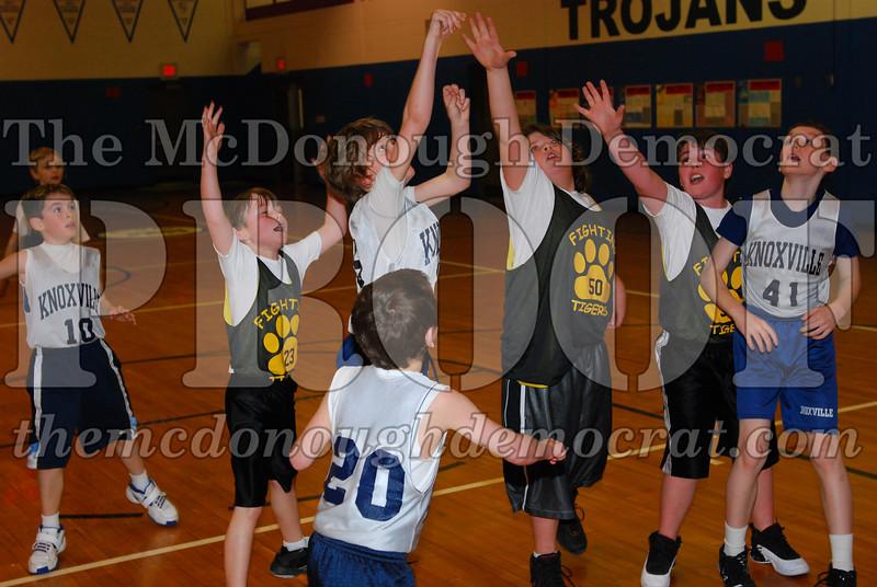 Boys 4th Knoxville vs ROWVA 03-14-09 034