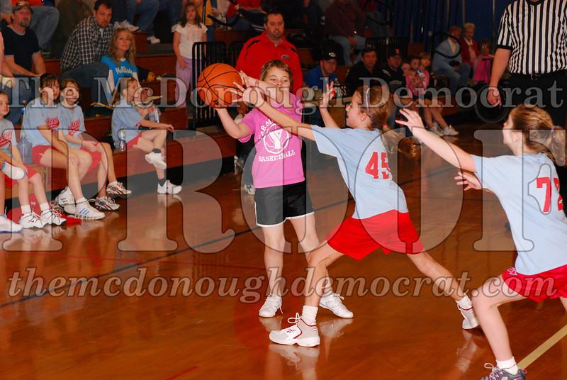 Girls 4th Lewistown vs Valley 02-22-09 006