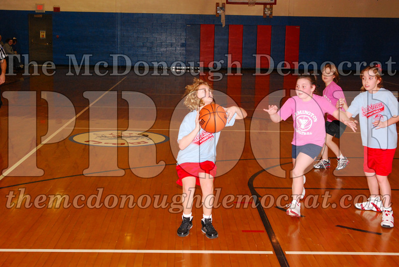 Girls 4th Lewistown vs Valley 02-22-09 008