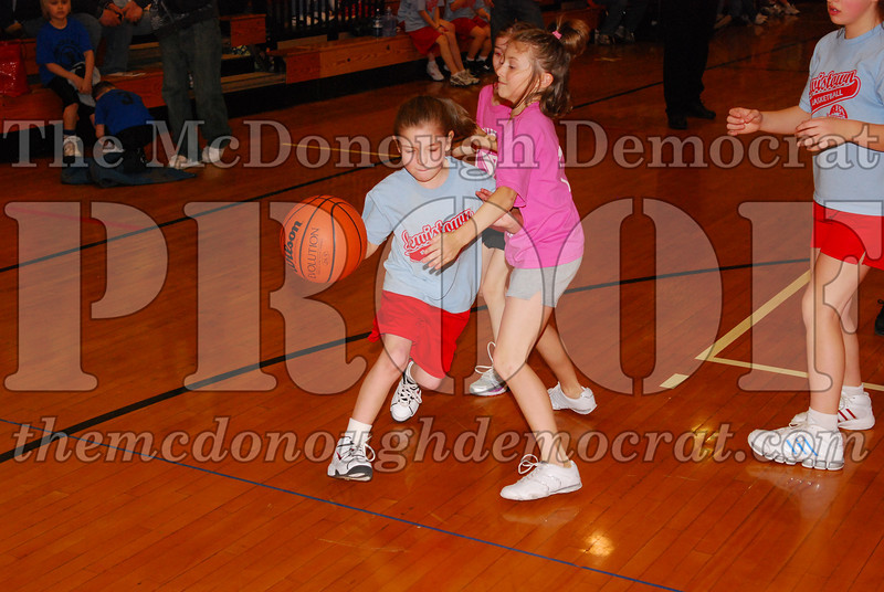 Girls 4th Lewistown vs Valley 02-22-09 024