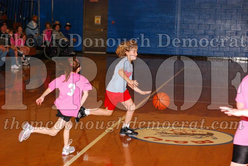 Girls 4th Lewistown vs Valley 02-22-09 018