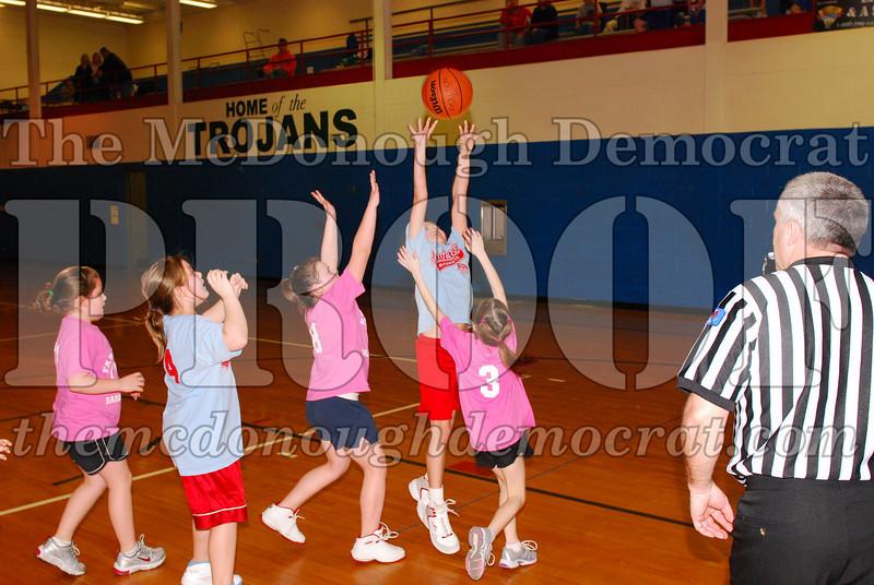 Girls 4th Lewistown vs Valley 02-22-09 025