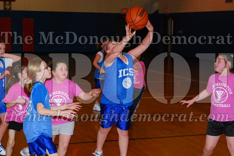4th Girls Valley vs Monmouth ICS 02-21-09 005