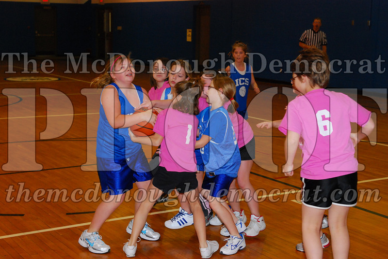 4th Girls Valley vs Monmouth ICS 02-21-09 017