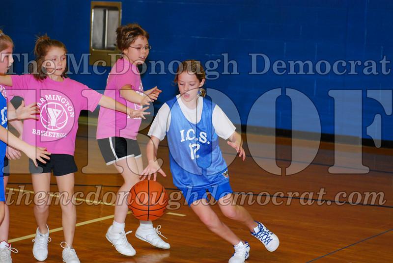 4th Girls Valley vs Monmouth ICS 02-21-09 016