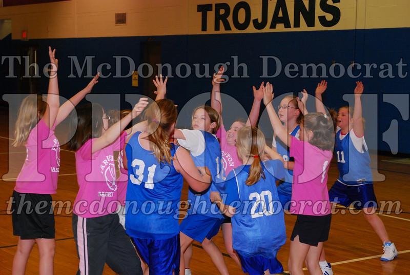4th Girls Valley vs Monmouth ICS 02-21-09 019