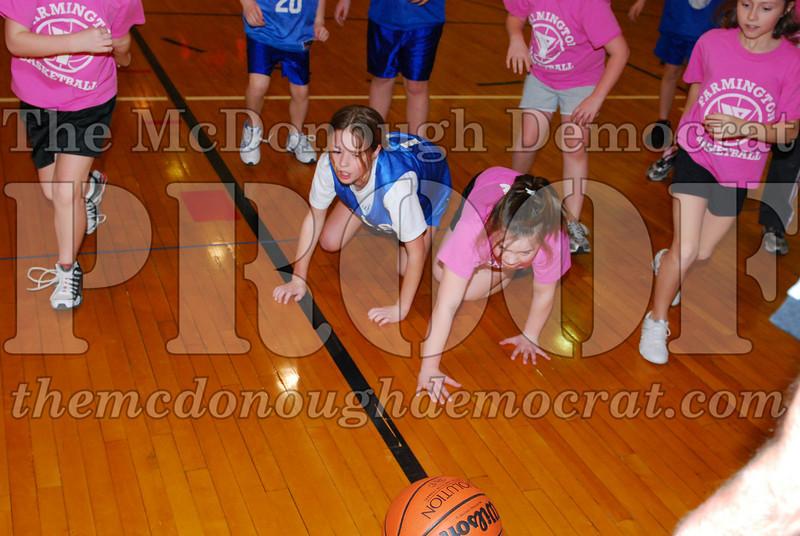 4th Girls Valley vs Monmouth ICS 02-21-09 004