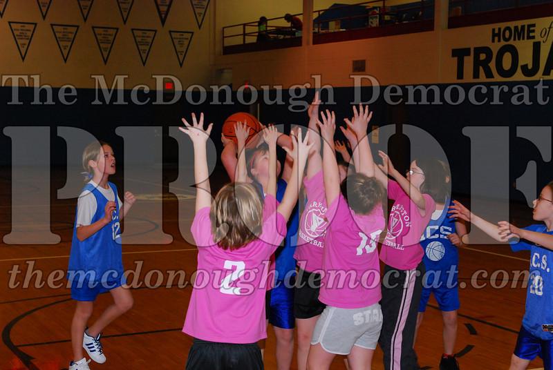 4th Girls Valley vs Monmouth ICS 02-21-09 006